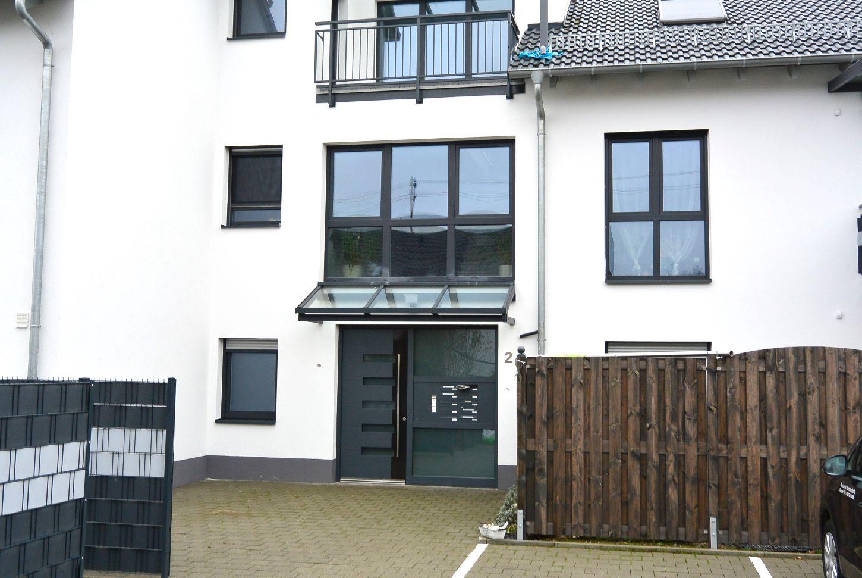 hahnhofen schicke moderne eigentumswohnung mit loggia kuhn objekte limburgerhof. Black Bedroom Furniture Sets. Home Design Ideas